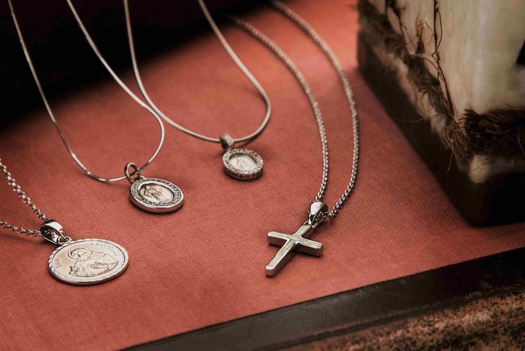 Nakit s vjerskim obilježjima Silver for you