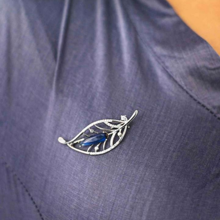 eaf Drop Blue Brooch Silver for you