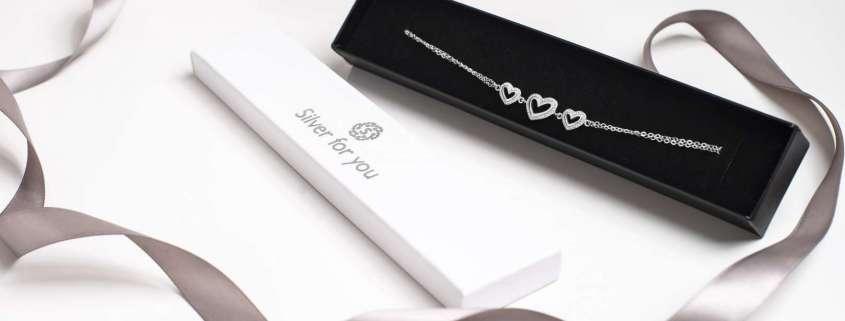 Hearts in line srebrna narukvica Silver for you poklon