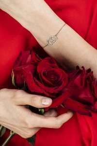 HEARTS-TOGETHER srebrna narukvica Silver for you close up