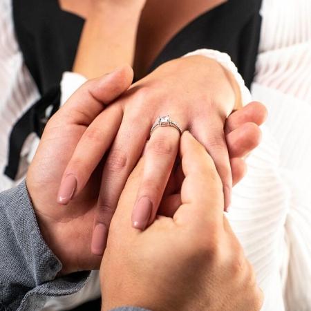JULIA-srebrni-zarucnicki-prsten