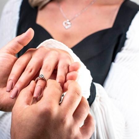 LUCY-srebrni-zarucnicki-prsten
