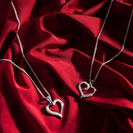GLITTERING-HEART-srebrni-privjesak_Silver-for-you