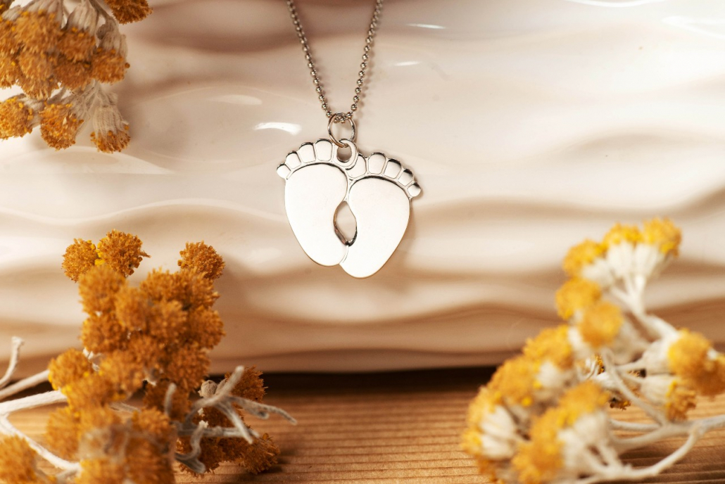 Baby-Feet-srebrna-ogrlica_Silver-for-you-1